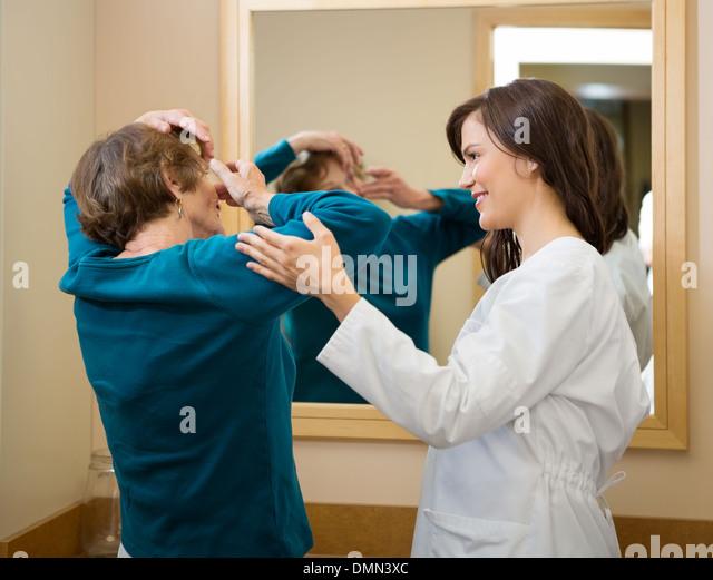 Ophthalmologist Senior Women Photos Ophthalmologist Senior – Ophthalmologist Assistant