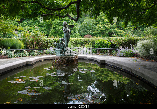 Burnett Memorial Fountain, Conservatory Garden, Central Park, New York    Stock Image