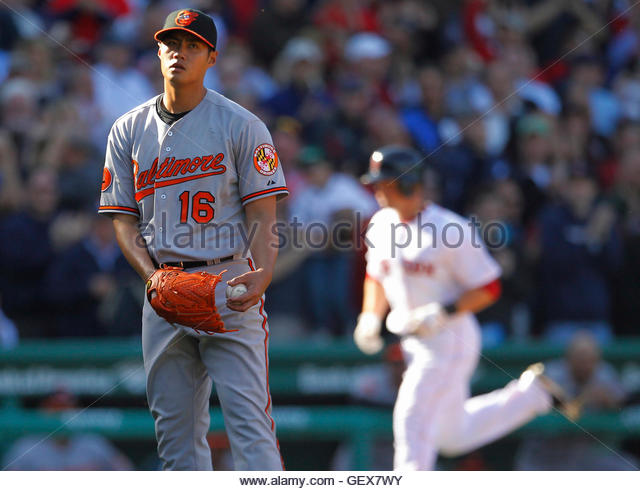 Baltimore orioles pitcher wei yin chen l reacts as boston red sox