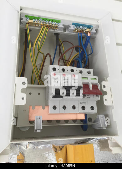 uk standard fuse box photo tony gale ha0r5n uk fuse box stock photos & uk fuse box stock images alamy fuse box cover at crackthecode.co