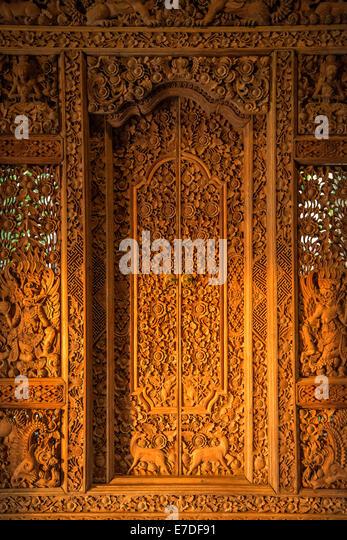 Balinese wooden carved door - Stock Image & Balinese Door Stock Photos \u0026 Balinese Door Stock Images - Alamy Pezcame.Com