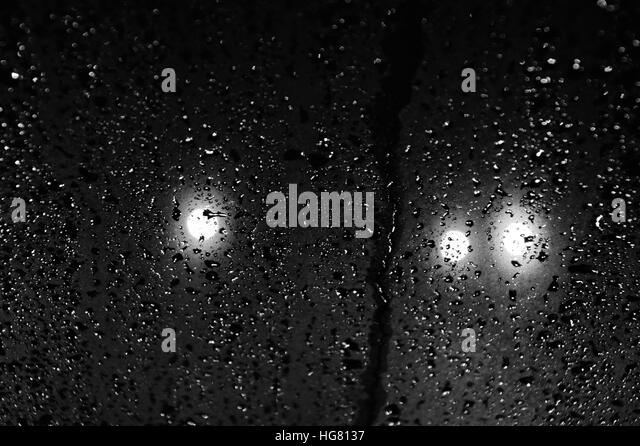 Raindrops Black and White Stock Photos & Images - Alamy
