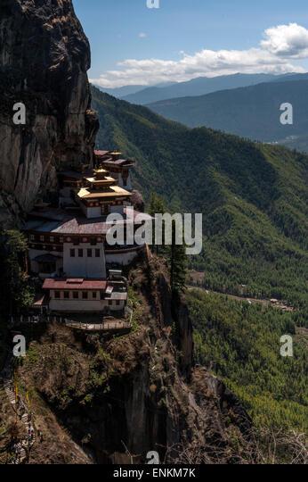 Taktsang Dzong Stock Photos & Taktsang Dzong Stock Images ...