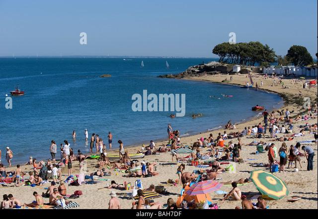 Ile de re france beach bois plage stock photos ile de re for Chaise de plage