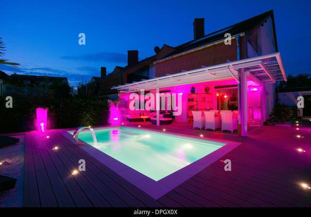 Lichtkonzept stock photos lichtkonzept stock images alamy for Winter garden pool