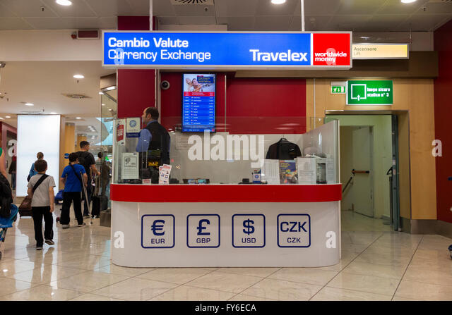 currency exchange kiosk stock photos currency exchange kiosk stock images alamy