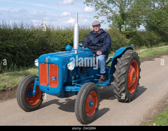 Ford Dexta Tractor : Fordson dexta vintage tractor stock photos
