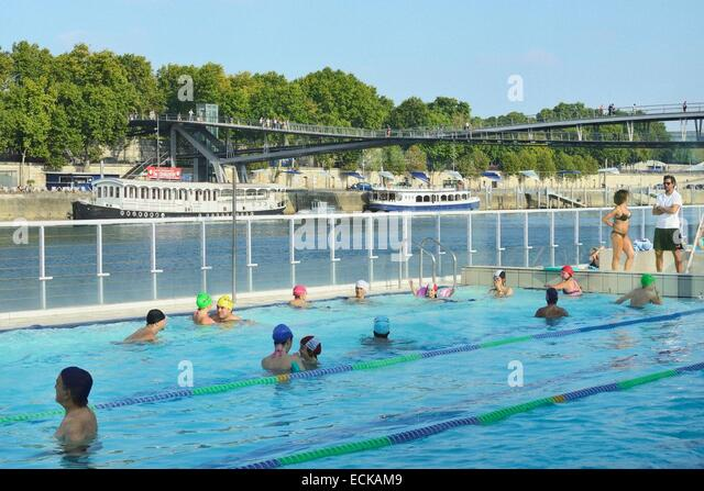 Baker pool stock photos baker pool stock images alamy for Josephine baker swimming pool paris