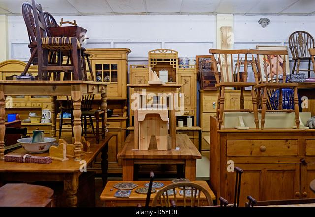 Antique furniture shop in Ireland - Stock Image - Furniture Shop Stock Photos & Furniture Shop Stock Images - Alamy