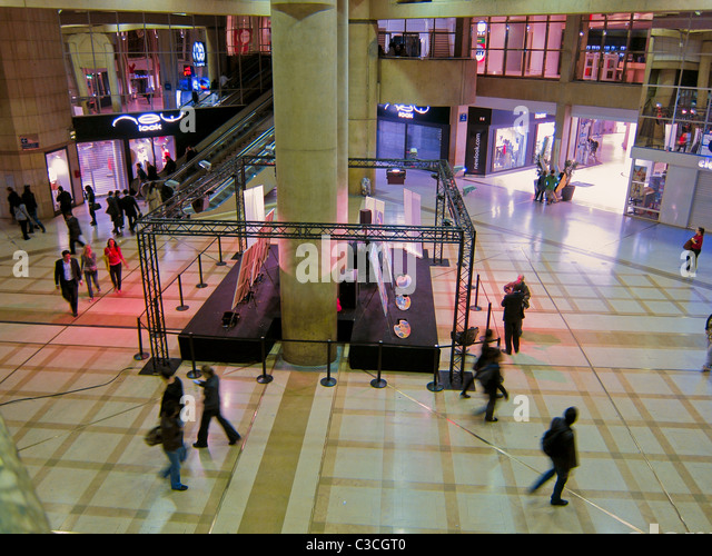 Quartier des halles stock photos quartier des halles stock images alamy - Les halles paris shopping ...