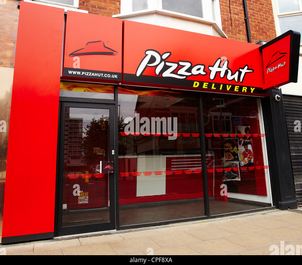 Shopping in Berlin further Pizza Hut together with Maps also PBEXMLTMFEGUTCUSKVL in addition Roadhouse Grill Cartao De Visita. on mall exterior