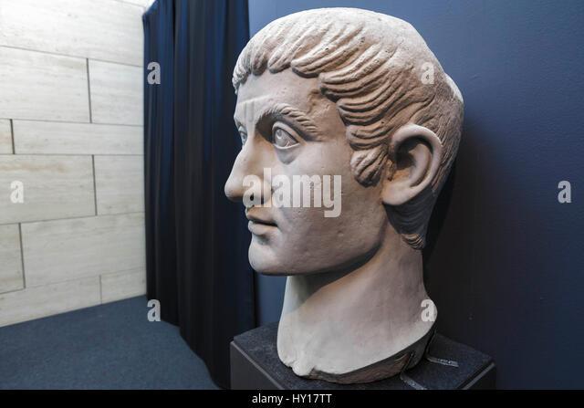 Spartacus slave stock photos spartacus slave stock - Spartaco roma ...