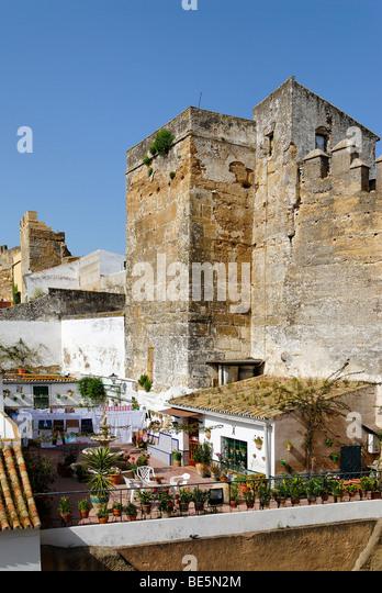 Wehranlagen stock photos wehranlagen stock images alamy - Puerta de sevilla carmona ...