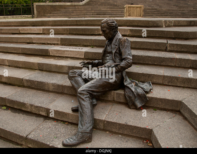 Bronze Statue Of Thomas Atwood, Birminghamu0027s First Member Of Parliament By  Sioban Coppinger In Collaboration