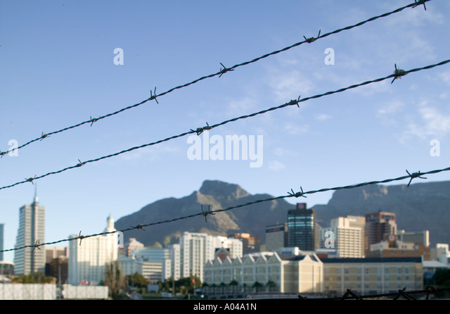 Barbed wire fence skyline stock photos barbed wire fence for Table 52 townsville