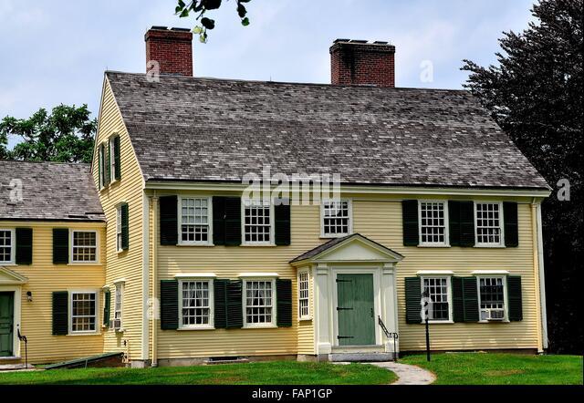 New England Farmhouse Interior Design Further H Shire House Colonial