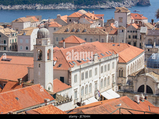 Bell tower sounding the hours over the medieval city of Dubrovnik on the Dalmation coast of Croatia - Stock Image