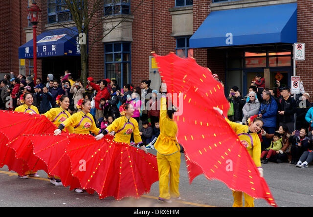 dancers-perform-for-crowds-at-the-41st-a