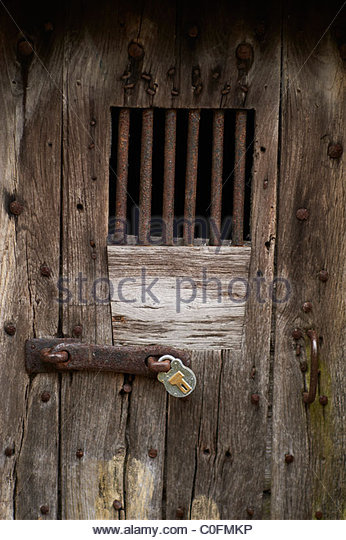Pad locked gate on a door with bars on - Stock Image & Locked Door Stock Photos \u0026 Locked Door Stock Images - Alamy Pezcame.Com
