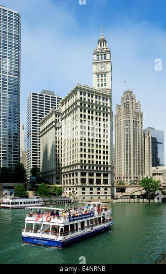 chicago river tour stock photos & chicago river tour stock images