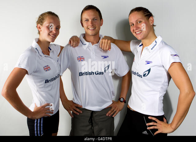Swimming Coach With Team Stock Photos Swimming Coach With Team Stock Images Alamy