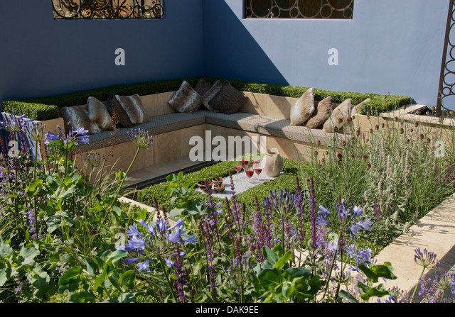 Sunken Seating Area In Layers Links Garden At Rhs Hampton Court Palace Flower Show 2013