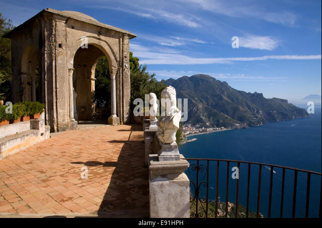 Cimbrone stock photos cimbrone stock images alamy for Terrace of infinity