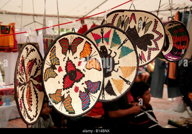 Embera indians stock photos embera indians stock images for Indian arts and crafts