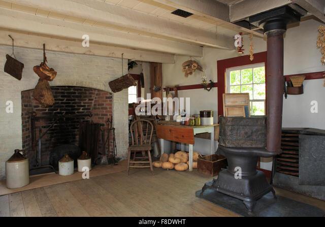 traditional farmhouse kitchen stock photos & traditional farmhouse