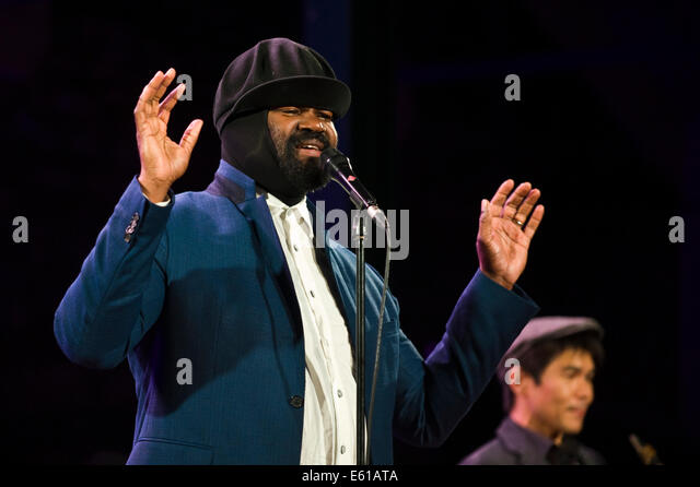 Jazz stage stock photos jazz stage stock images alamy - Gregory porter concert france ...