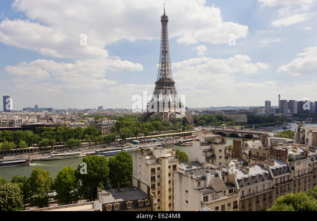 Shangri la hotel paris stock photos shangri la hotel for Terrace eiffel tower view room shangri la