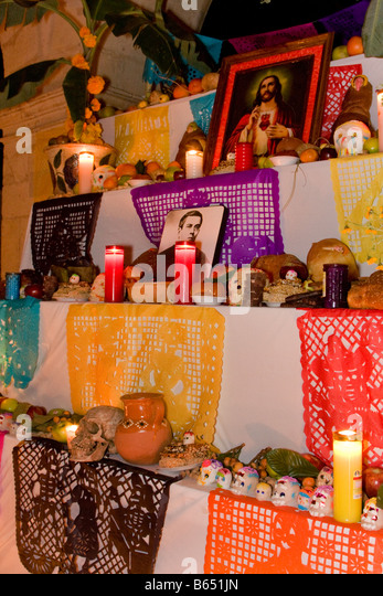 altar decorations pictures altar bread stock photos amp altar bread stock images alamy 10034