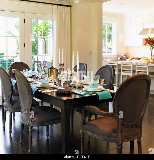 dining table vancouver island 28 images buffet table  : dining table set for hanukkah celebrationvictoria vancouver island dcf41e from wallpapersist.com size 520 x 540 jpeg 83kB