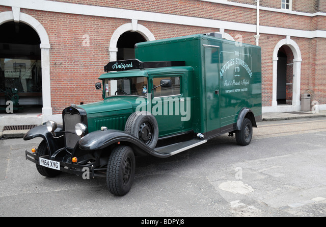 Old Delivery Truck Stock Photos & Old Delivery Truck Stock ...