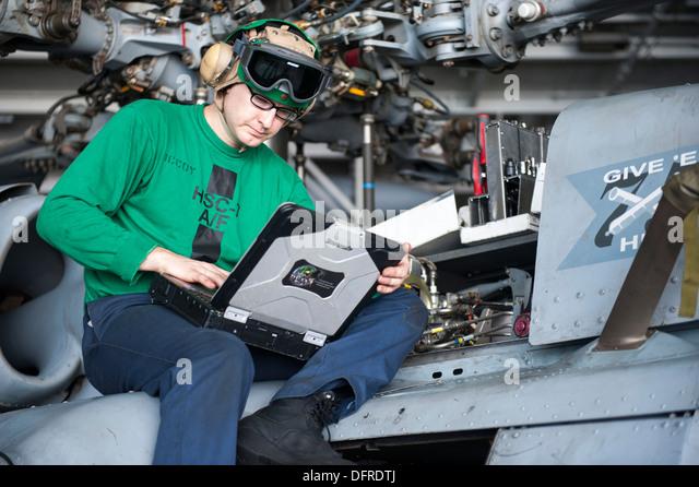Aircraft Mechanic go majors
