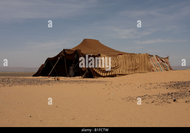 Bedouin tent in Moroccan desert - Stock Image & Bedouin Tent Stock Photos u0026 Bedouin Tent Stock Images - Alamy