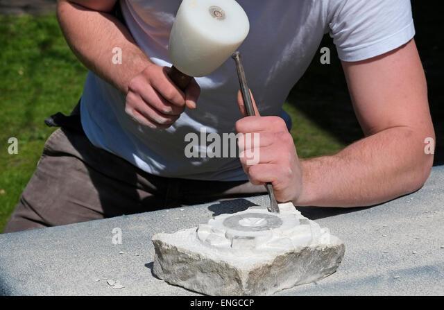 Stone mason britain stock photos