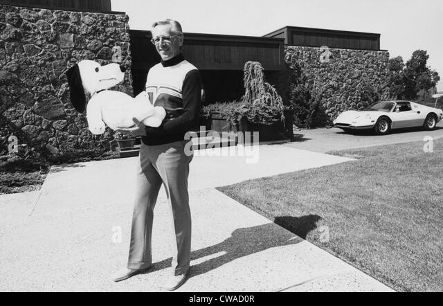 a biography of charles schulz an american cartoonist Charles m schulz, (1922-2000), american cartoonist and creator of the comic  strip 'peanuts', in his studio in santa rosa, calif charles m schulz, (1922-2000), .