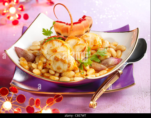 Spiny lobster Cassoulet with shallots - Stock Image