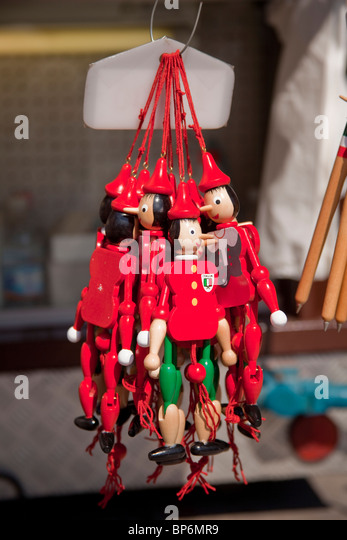 how to make pinocchio string puppet