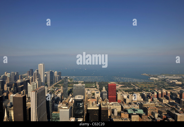 http://l7.alamy.com/zooms/1ed590992cd6486c82d7f9db5d901130/looking-east-towards-marina-lake-michigan-aon-center-cna-center-skyscrapers-c02c20.jpg