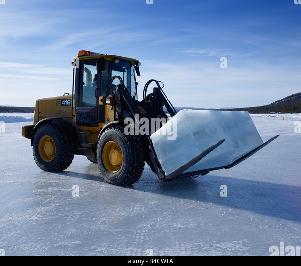 Torne stock photos torne stock images alamy for Ice block construction