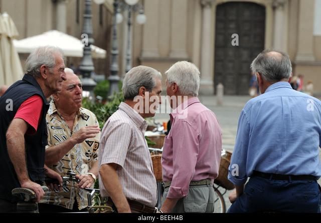 meet friends in italy