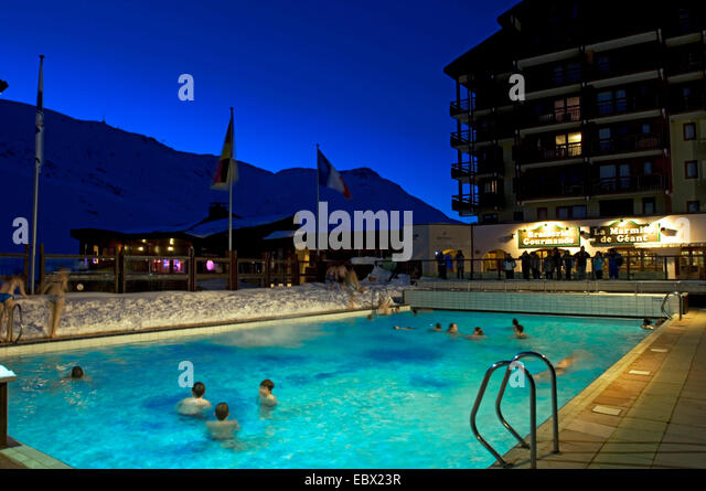 swimming pools in winter stock photos & swimming pools in winter