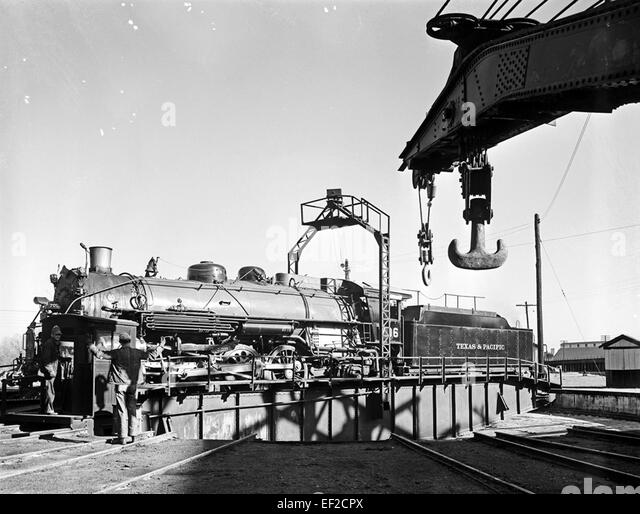 ... 706 on Turntable, Texas & Pacific Railway Company] - Stock Image Pacific Railway Company