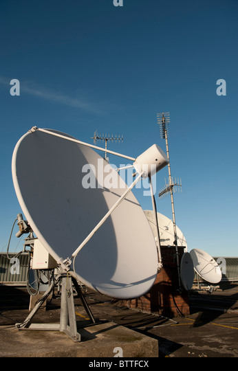 satellite transmitter stock photos satellite transmitter stock images alamy. Black Bedroom Furniture Sets. Home Design Ideas