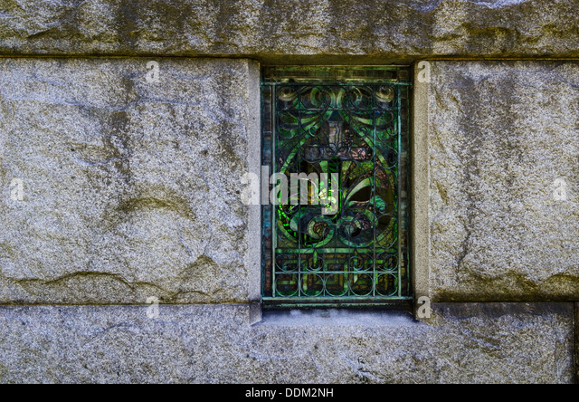 Scroll work stock photos scroll work stock images alamy for Window scroll function