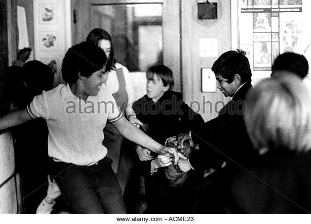 children fighting at school - photo #24