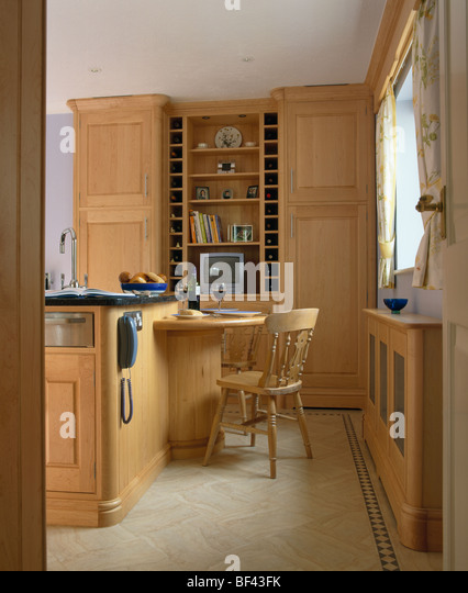 Small kitchen units stock photos small kitchen units for Wooden fitted kitchen