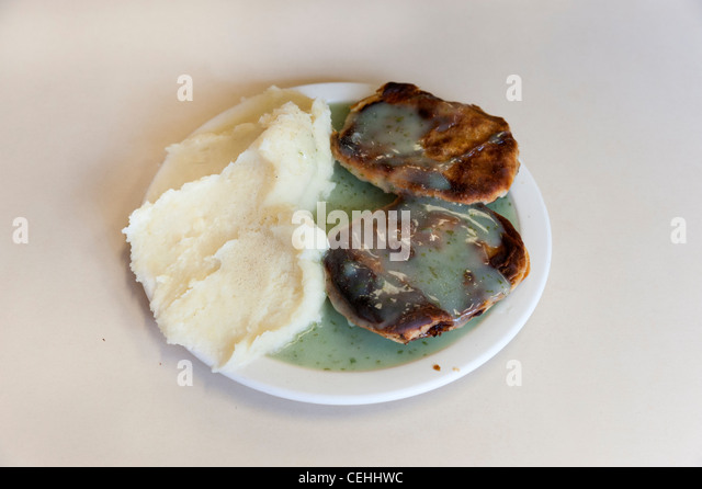 how to make traditional pie and mash